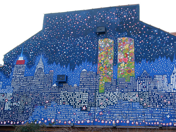 Floral WTC Mural, January, 2003, photo by Fred Hatt